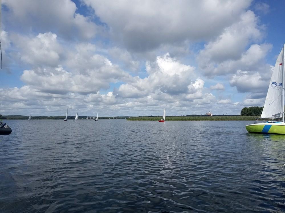 Błękitna Wstęga Jeziora Wigier 2020 - czarter jachtów Augustów